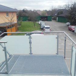 Geländer Dachterrasse und Stahltreppe